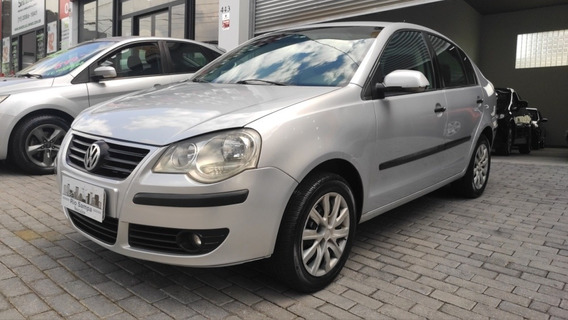 Volkswagen Polo Sedan 2010 1.6 Vht Comfortline Total Flex 4p