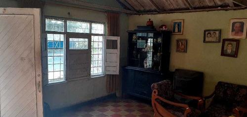 Imagen 1 de 14 de Se Vende Casa Con Aptoestudio En El Barrio San Felipe