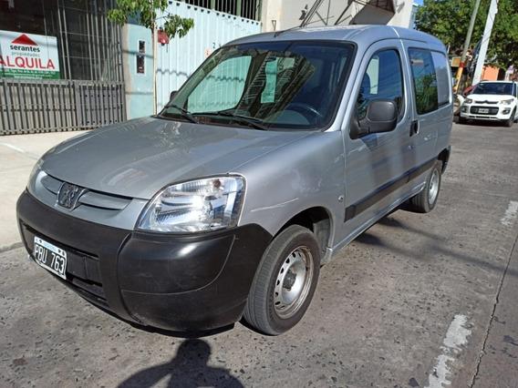 Vendo Peugeot Partner Impecable