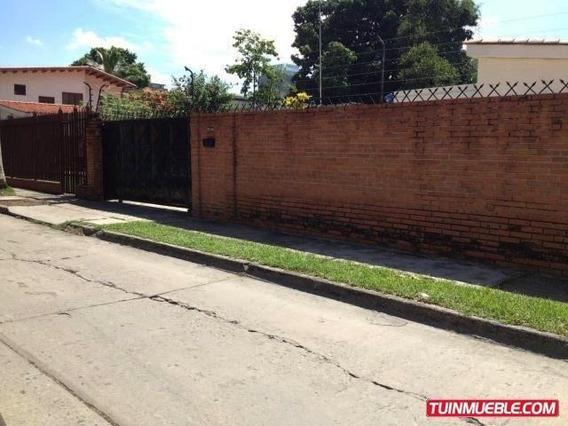 Mary Carmen Alquila Casa Comercial
