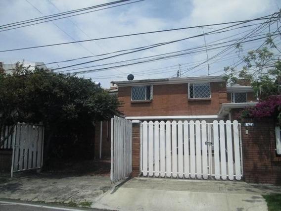 Casa En Venta En Niza 20-339 C.o