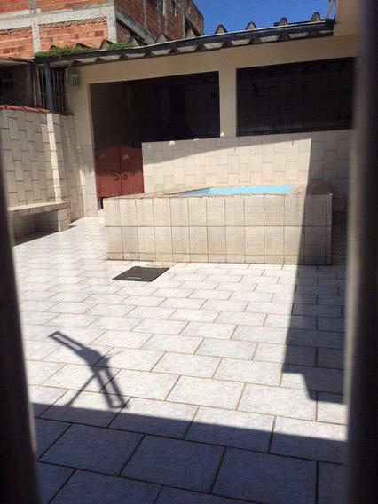 Casa Com 3 Dorms, Vila Mateo Bei, São Vicente - R$ 280 Mil, Cod: 842 - V842