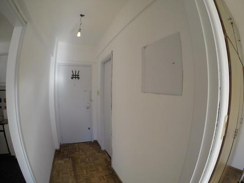 Apartamento Un Dormitorio Al Frente, Luminoso, Impecable,