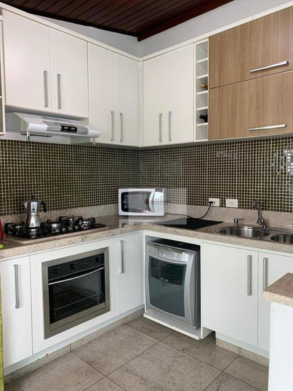Apto Duplex Com 200 M², 3 Dorms, 2 Suítes E 2 Vagas No Jardim Independência - Ap0158