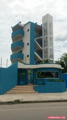 Apartamento Venta En Higuerote. Mls 18-5455 Ns. 04143776564