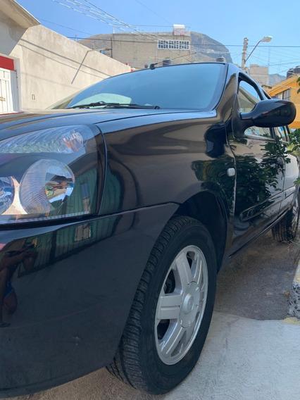 Nissan Platina 1.6 Grado Q Aa Negro 4ptas