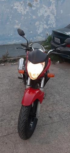 Imagem 1 de 4 de Honda Cb 300