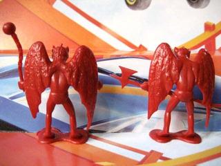 Mc Mad Car Muñecos Plastico Demonios Coleccion