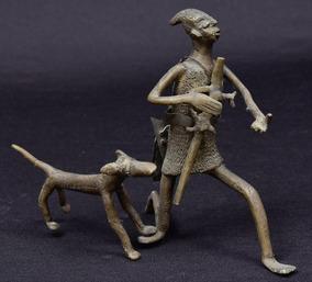 Escultura Nigeriana Em Bronze - Caçador E Seu Cão