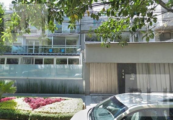 Casa Con Uso De Suelo Comercial En Renta En Polanco