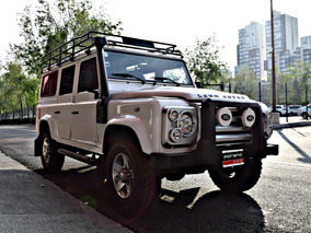 Land Rover Defender 110 2011