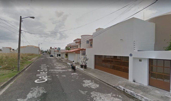 Excelente Oportunidad Casa En Remate En Calle Sardina, Costa De Oro