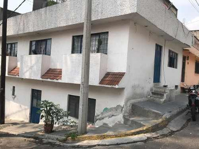 Santa Isabel Tola, Casa En Venta, Cerca De La Villa
