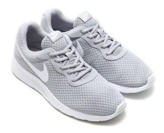 Tenis Nike 812655 010 Tanjun Gris Blanco