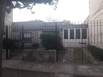 Linda Casa Sobre Calle Beniot .50 Metros De Autopista Oest