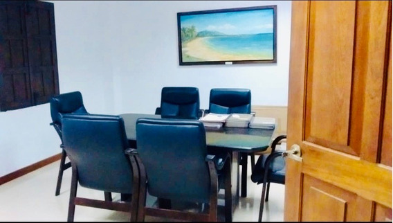 Centro De Oficinas-pampatar