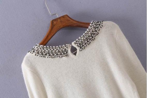 Blusa Tricô Suéter Gola Bordado Lã Pelinhos Importada Pronta