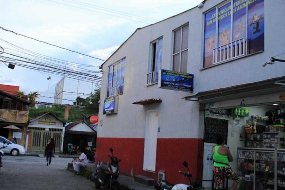 Clínica Veterinaria Centro Veterinario Acreditada Vendo