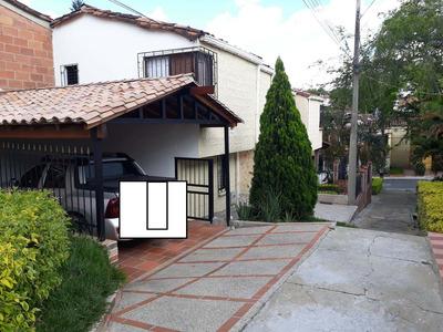 Vendo Casa Unifamiliar Santamonica Medellin