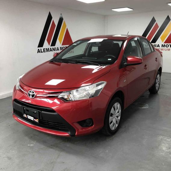 Toyota Yaris 2017 4p Sedán Core L4/1.5 Man