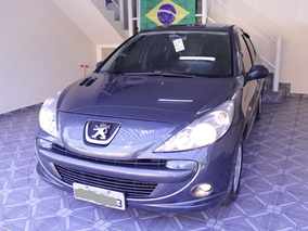 Peugeot 207 Passion 1.4 Xr Flex 4p 2010/2011