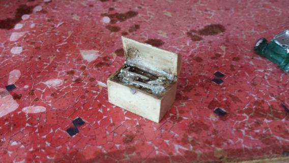 Miniatura Mini Caixa De Ferramenta Na Escala 1/18 E 1/24