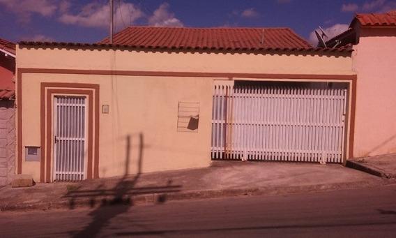Casa Com 3 Quartos Para Comprar No Parque Esperança Em Poços De Caldas/mg - 1864