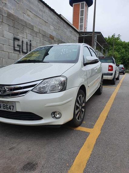 Toyota Etios 1.5 16v Platinum 5p 2016