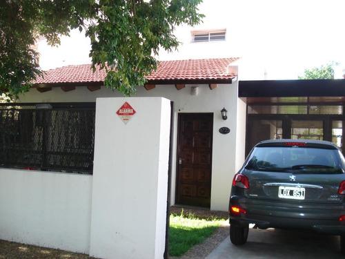 Casa De 3 Dormitorios - Rosario