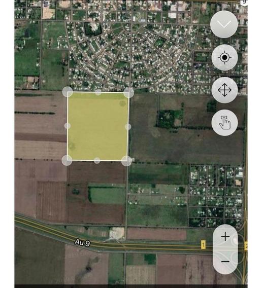Campo Ubicado Estratégicamente En La Zona Urbana De Roldán. Roldán Y Funes