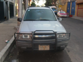 Chevrolet Tracker Hard Top Cd L4 4x2 At