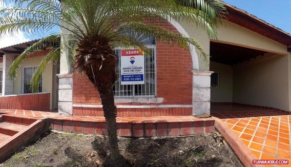 Casa En Venta En Tipuro, Urb. La Pradera