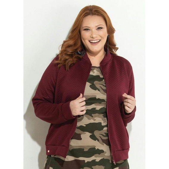 Jaqueta Plus Size Bordô Em Matelassê Quintess