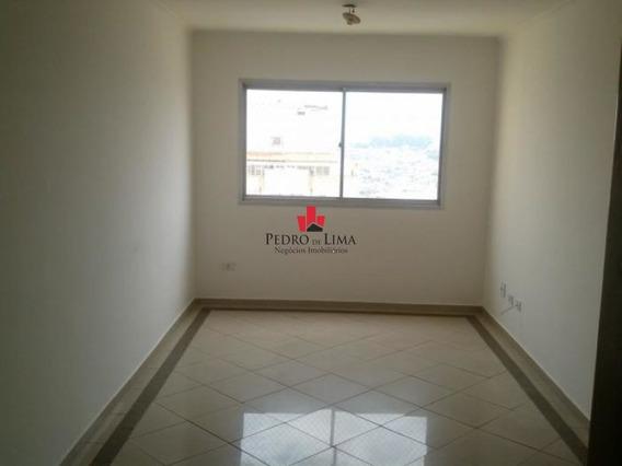 Apartamento 3 Dormitórios Sendo 1 Suíte E 2 Vagas, Em Penha. - Pe26444