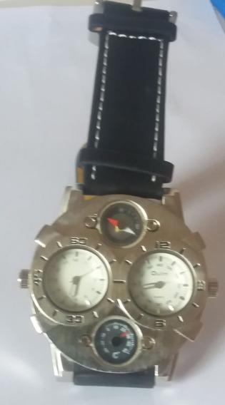 Relógio Masculino De Pulso Oulm Cool Militar Couro Esportivo