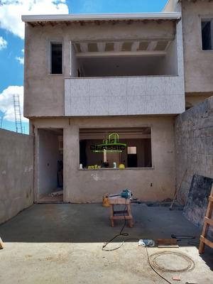 Casa Geminada Com 3 Quartos Para Comprar No Sinimbu Em Belo Horizonte/mg - 3324
