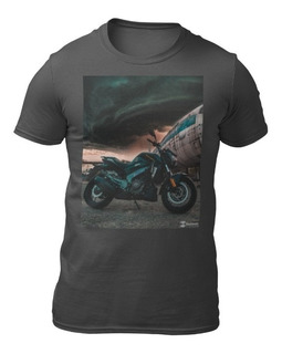 Duas Camisetas Believe Clothes - Estampa Moto Dominar 400 - Plus Size - Colorida Premium