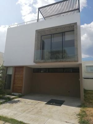 Hermosa Casa En Renta, Solares, Residencial Santillana Coto