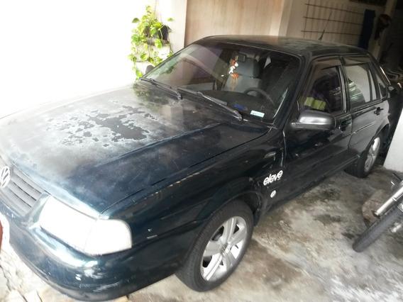 Santana 2000 Mi 2.0 Gasolina 99