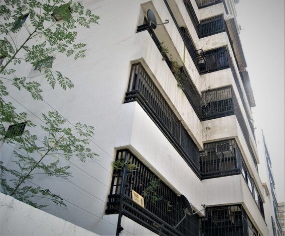 Maria Jose Fernandes Alquila Apartamento Oficina/vivienda