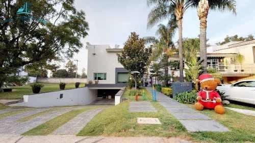 Hermosa Casa En Valle Real Excelentes Acabados Y Distribucion