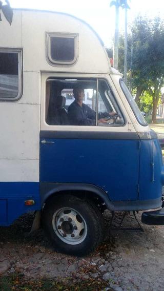 Jeep Ika Frontal