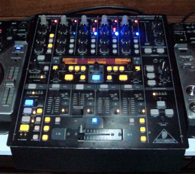 Mixer Ddm4000 Behringer + Interface M-audio Midisport Uno Dj