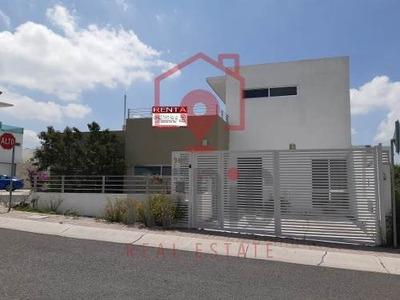 Casa En Renta De 3 Hab + Roof Garden En El Refugio