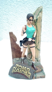 Muñeco Figura Accion Tomb Raider Lara Croft Incompleto