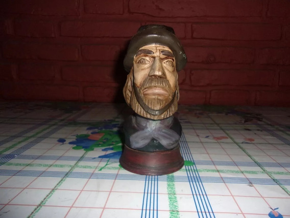 Busto Martín Fierro. Loción Domo. Coleccionistas.impecable