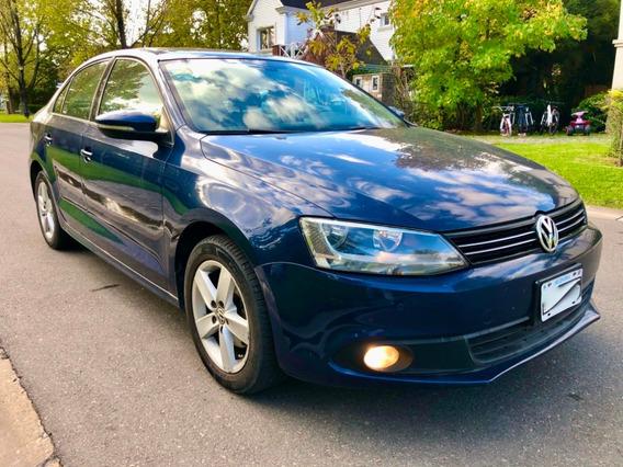 Volkswagen Vento 2.5 Luxury 170 Hp Mt - Año 2012 - Unico Dño