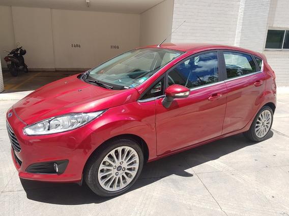 Ford Fiesta Titanium 8 Mil Kms
