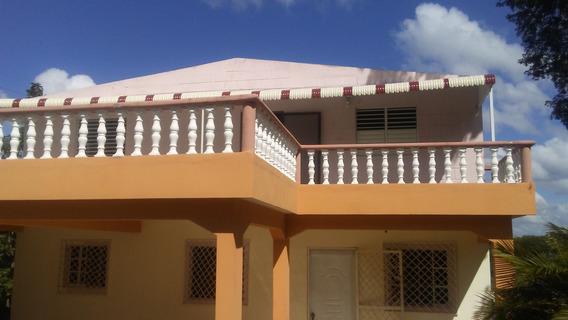 Alquilo Linda Casa. De 2 Dormitorios