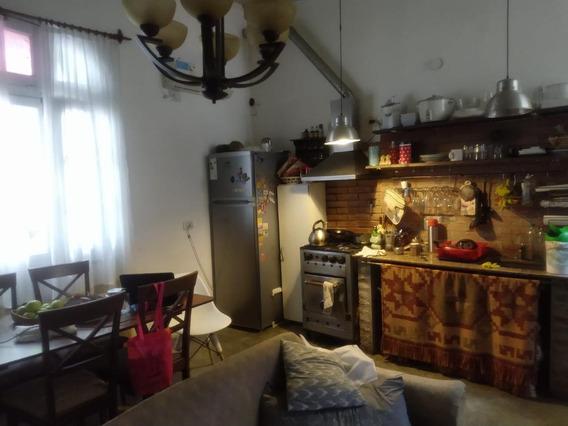 Casa Con Local Independiente - Parque Chacabuco
